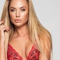 hot sexy elite london escort models 34C busty Klaudia