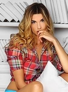 New York Manhattan Blonde Tall Russian Escort Arina