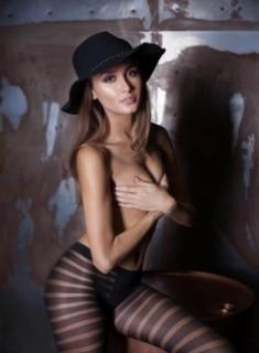 athletic supermodel Ariana at Aprov elite escort agency