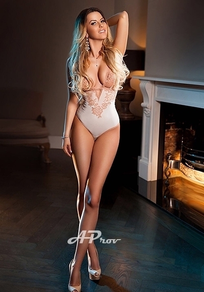London Blonde Party Open Minded Escort Roselle Gloucester Road SW7