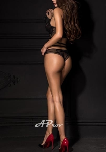 busty supermodel vip london escort GFE westminster sW1 Nadia