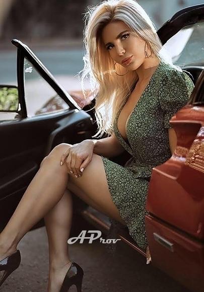 exclusive busty london kensington escorts 34D hot model STELLA