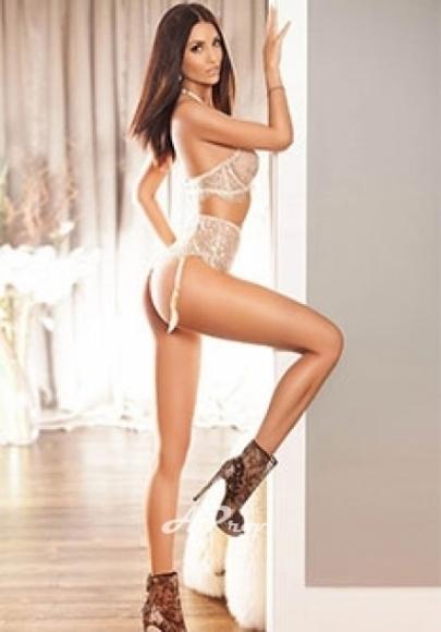 A Level Slim Busty Gloucester Rd London Escort Dayana