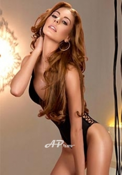 Tall Slim Busty Brazilian Blonde Knightsbridge London Escort Diana