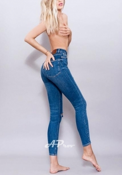 london escort south kensington french girl model CELINE