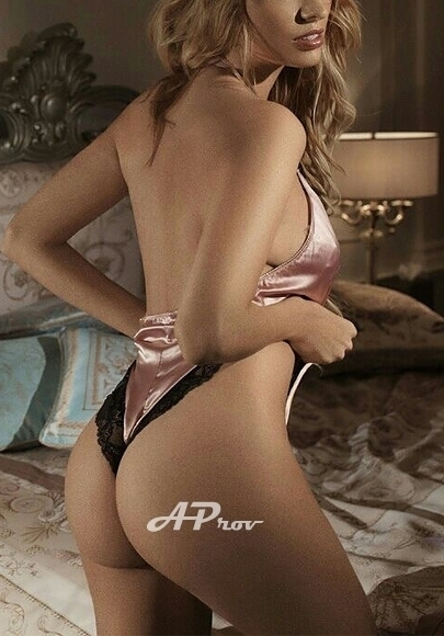 Dubai VIP Elite Escort Girl Evelina Tall blonde at AProv Agency
