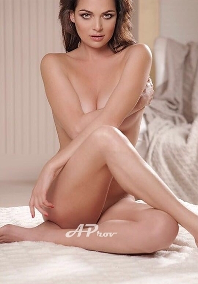 exclusive london escort girl elite Jacklyn chelsea sw10 expensive