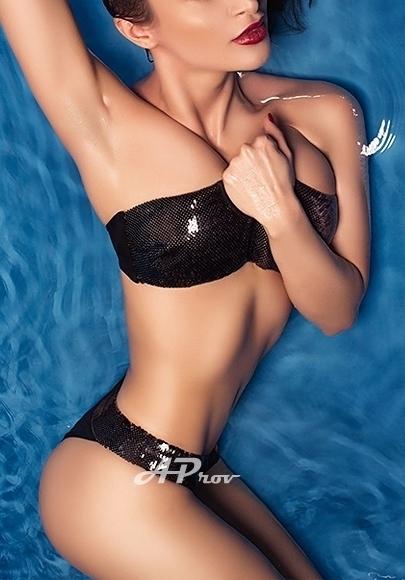 London Busty Elite Brunette Escort Amy