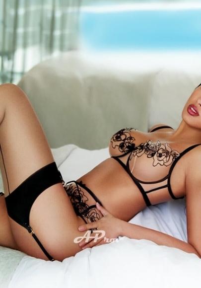 elite asian escort girl kensington sw7 Joviana