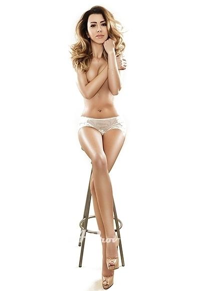 Elite Knightsbridge London 34C Escort Girl Valentina - high class super model dinner date for GFE and overnight bookings