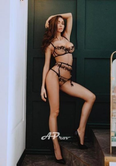 elite london escorts 32C supermodel GFE RITA