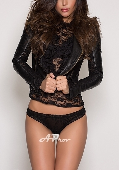 Sexy Slim Spanish Brunette London Escort Erika