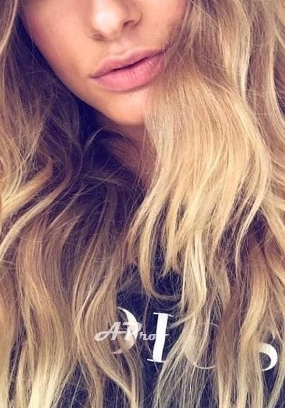 Fashion Model Blonde Kn SW3 London Escort Girl Lora