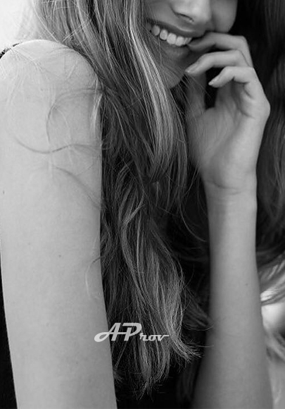 Fashion Model Blonde Kni SW3 London Escort Girl Lora