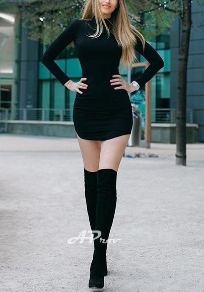 London Slim Blonde Bisexual French Escort Celine