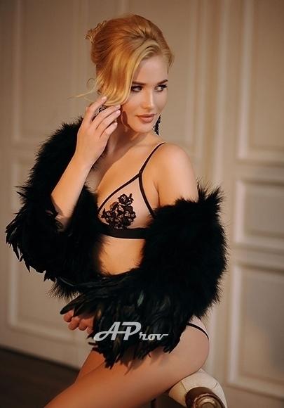 Exclusive London SW7 VIP Fashion Model Escort Jennifer