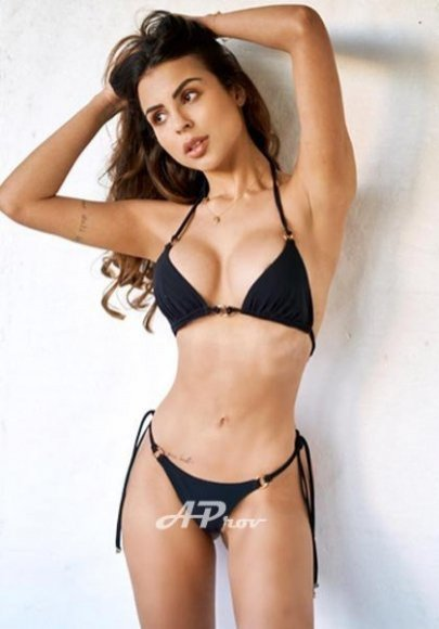 London escort girls Marylebone high-end latin VALENTINA