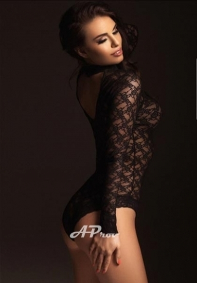 London escort elite girl open minded a-level Nadia