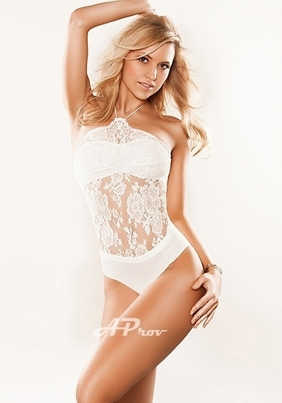 French Paris Slim Russian Escort Claire