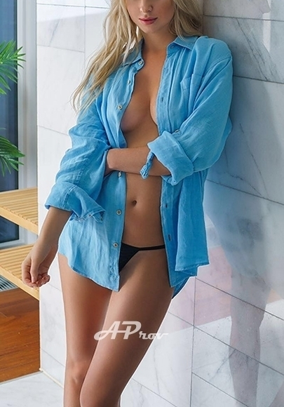 Playboy Playmate London Escort Vip AMY