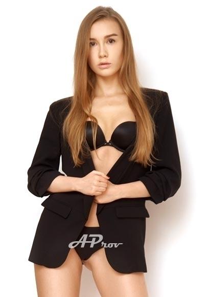 elite exclusive london escort knightsbridge model GFE Angelika