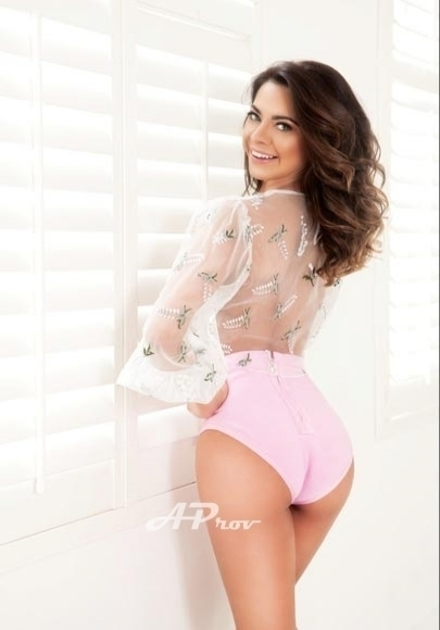 London escort mayfair exclusive GFE dinner date Natasha
