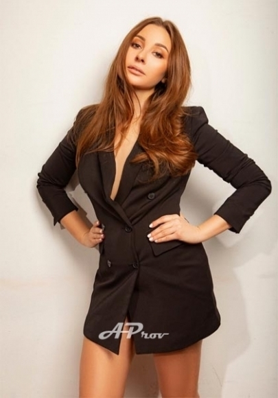 young female  escort earls court expensive 34C girl MILENA