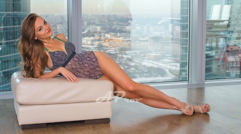 Elite Manhattan New York Busty Russian VIp Escort ANITA