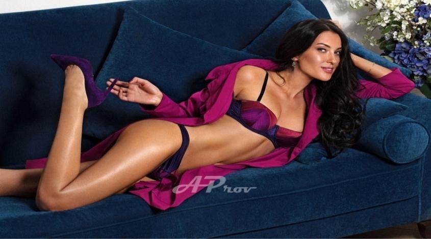 beautiful london escort model vip gfe girl LEXI