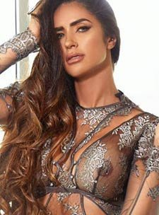 busty london escorts elite latin sexy gfe CRISTAL